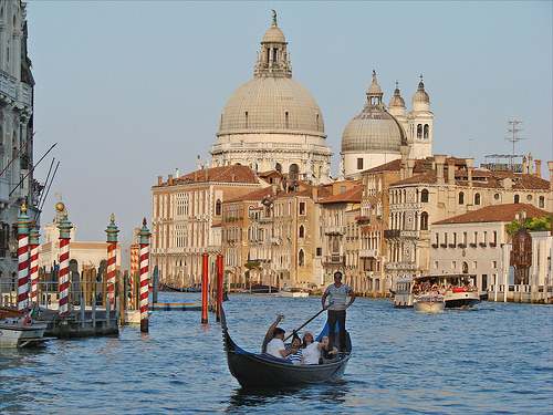 Visit the Grand Canal in one day in Venice