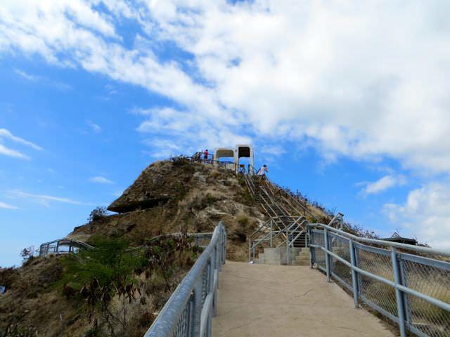 Path to the top Diamond Head