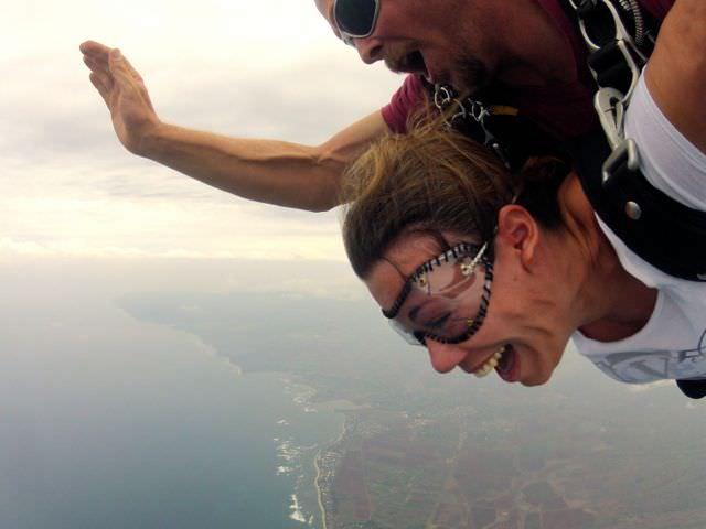 Skydive Hawaii freefall