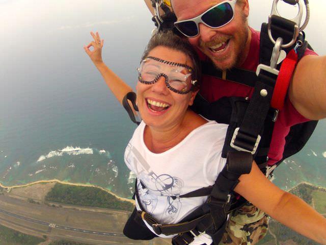 Skydive Hawaii falling