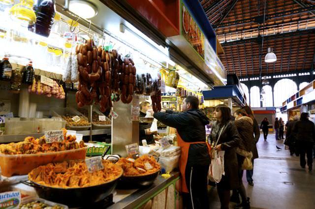 Best things to do in Malaga Atarazanas Market