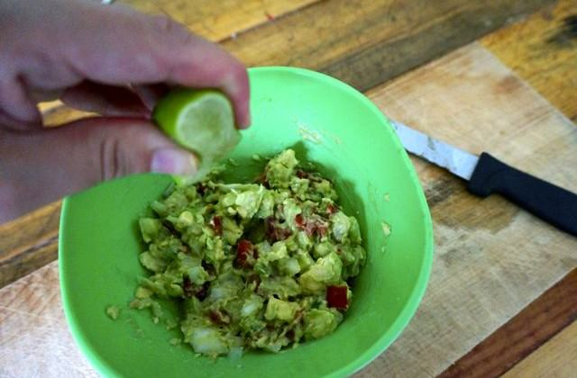 Quick and Easy Guacamole Recipe: From Mexico