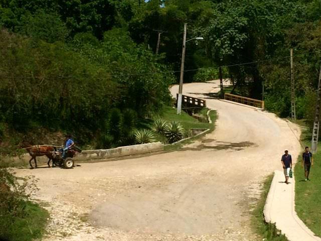 View Horse Hershey Train Cuba