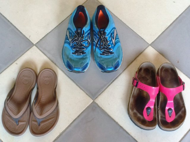 Best Shoes for Travelling With 1