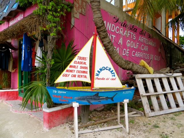 Swimming with whale sharks in Mexico Sign Isla Holbox