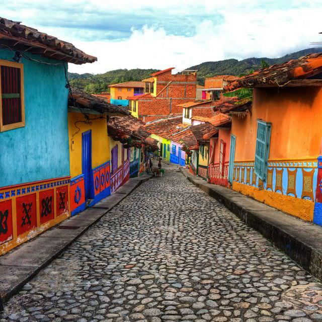 Study Spanish in Colombia Medellin Guatape