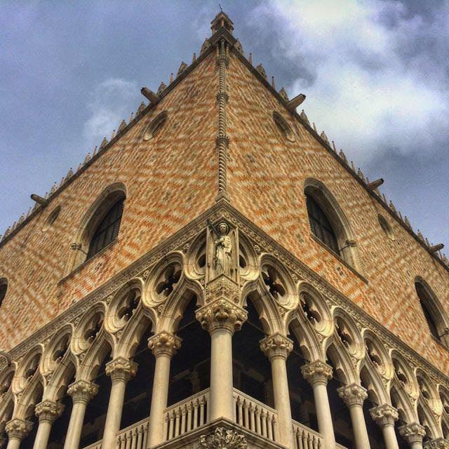 Alternative Venice Doge Palace
