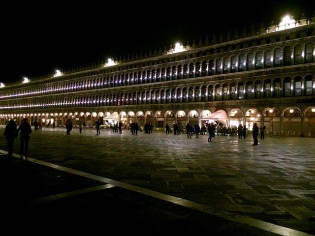 Alternative Venice Sightseeing at night