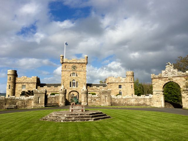 Best things to do in scotland - Castle