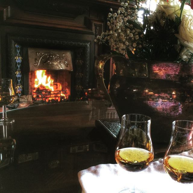 Best things to do in scotland - Lodge on Loch Goil Dram