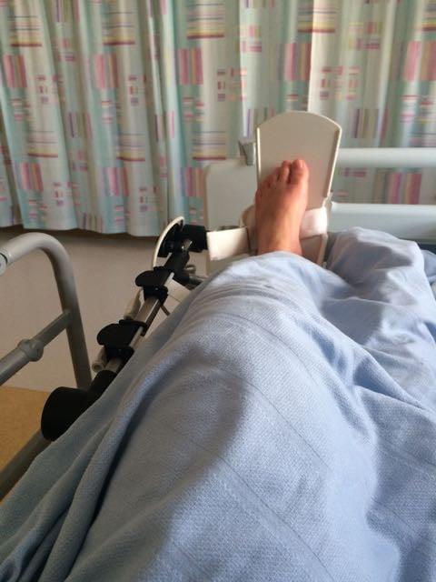 acl repair surgery in hospital