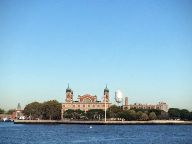how-to-visit-the-statue-of-liberty-ellis-island