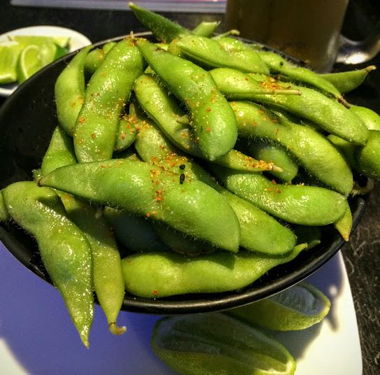What to eat in Japan edamame