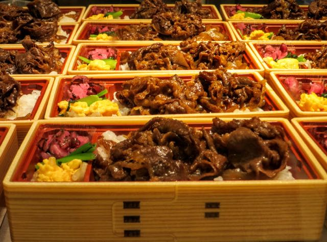 What to eat in Japan Bento Boxes