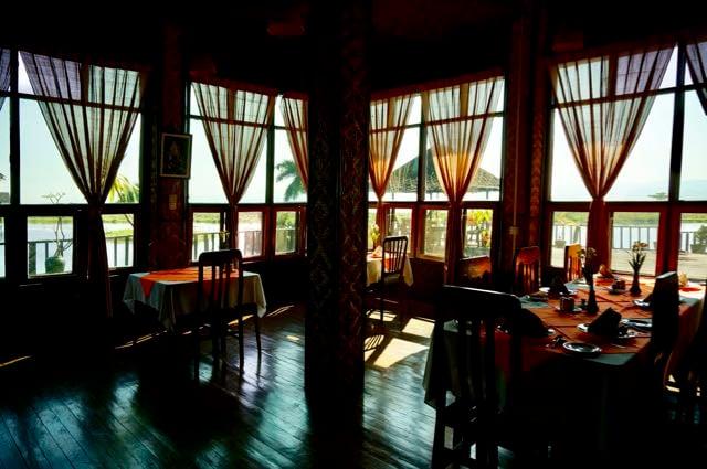 Inle Lake Tour restaurant