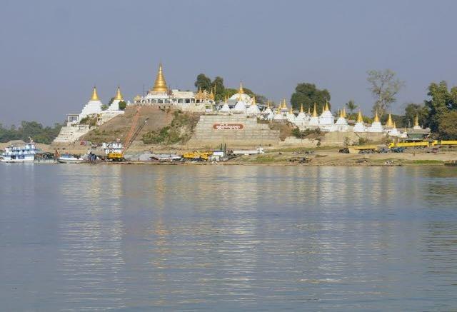Taking the Boat from Bagan to Mandalay