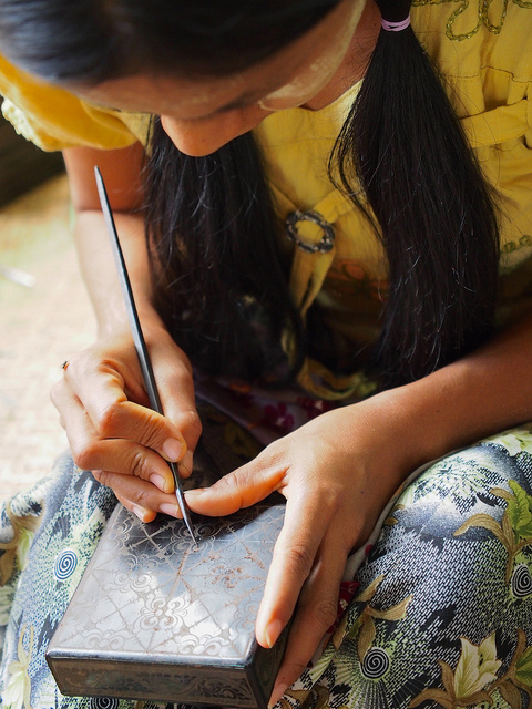 Things to do in Bagan - lacquerware