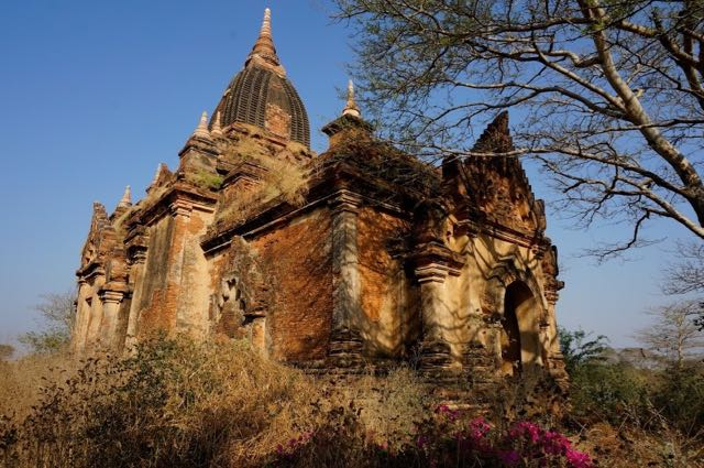 Best Pagodas in Bagan - Htilominlo