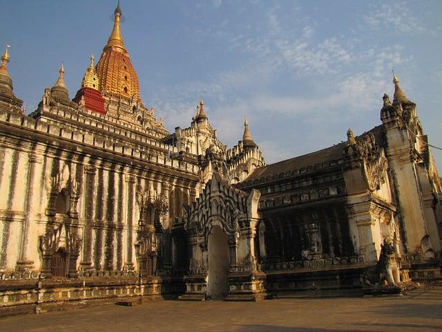 Best Pagodas in Bagan Ananda