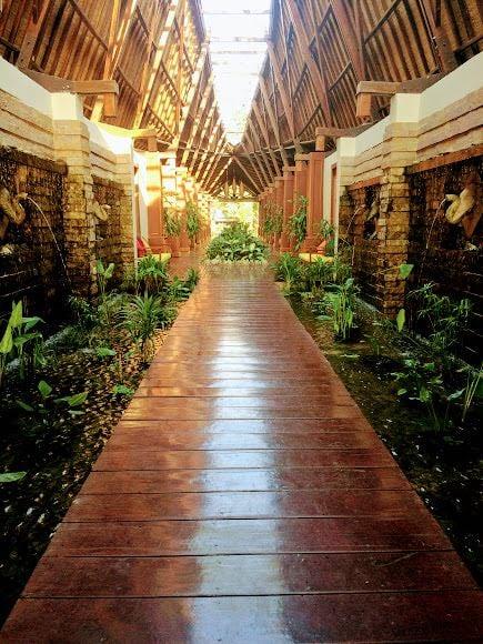 Ngapali Beach Hotels and Restaurants Lobby