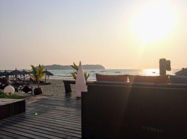 Ngapali Beach Hotels and Restaurants Sun