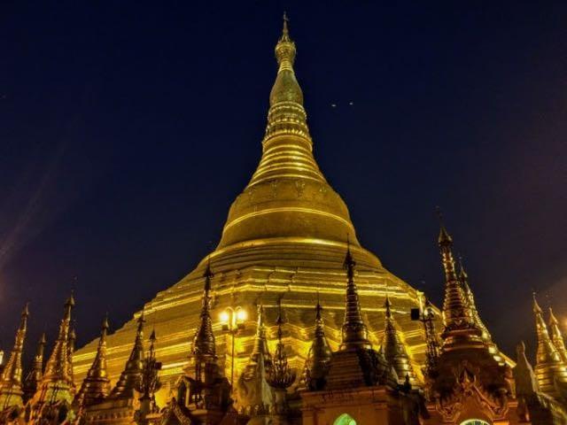 Things to do in Yangon Shwedagon Pagoda dusk