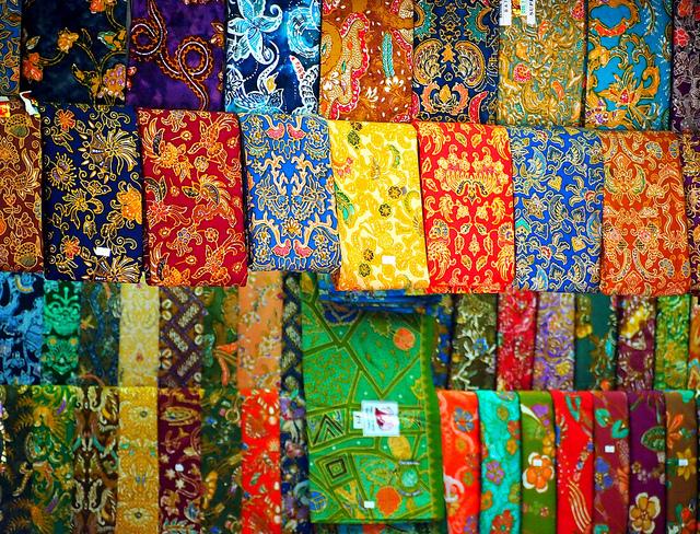 Things to do in Yangon Bogyoke Aung San Market
