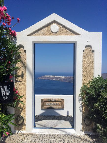 Is Santorini worth it views