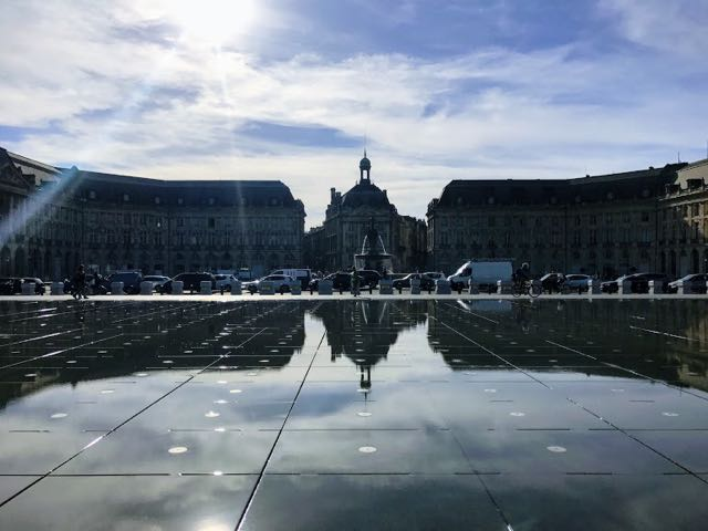 Things to do in Bordeaux place du borse