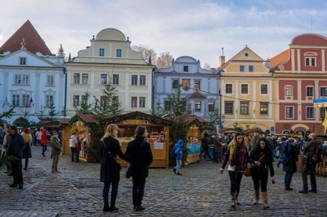Best Eastern European Christmas Markets christmas-market-in-cesky-krumlov