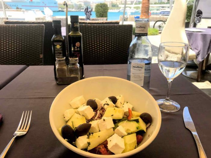 Best things to do in malaga - lunch muelle uno
