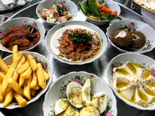 things to do in Dubai - food