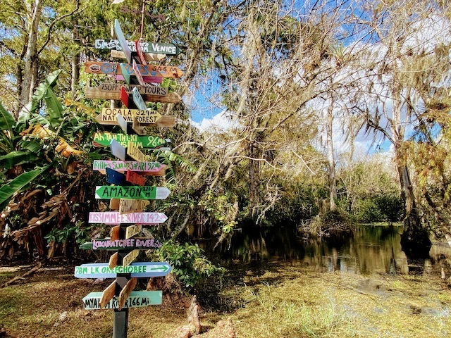 Things To Do In the everglades Signpost