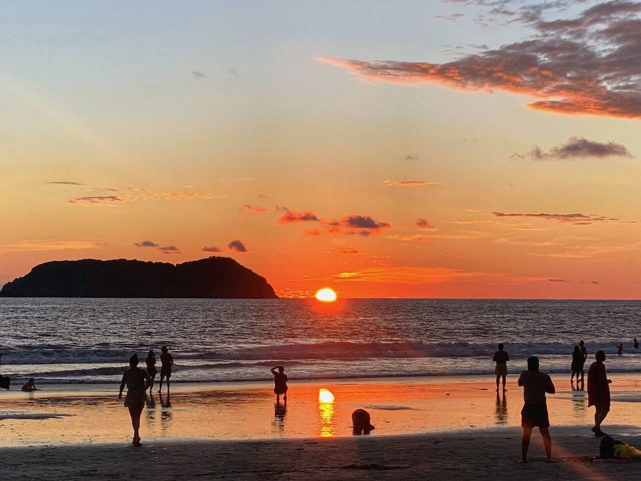 sunset in quepos over the beach in Costa Rica