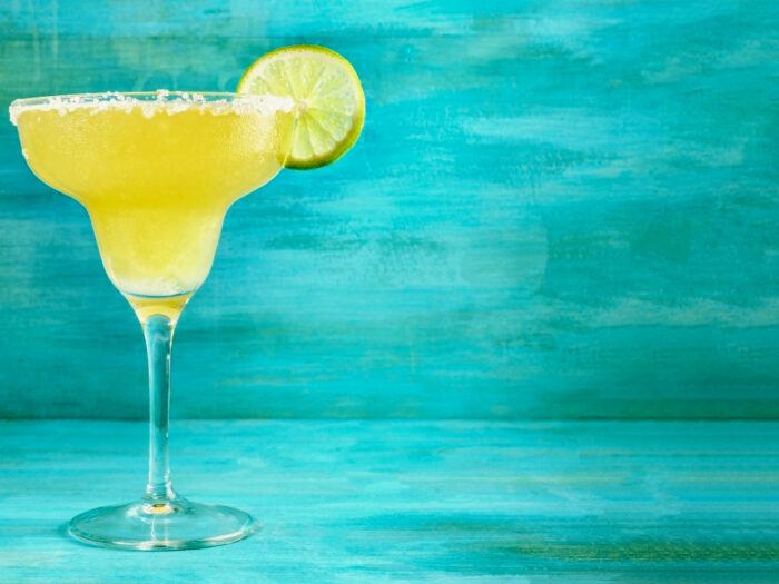 margarita cocktail with a lime wedge